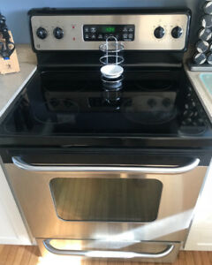 Stainless-Steel Kitchen Appliances