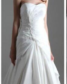 Size 10 new wedding dress