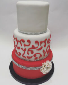 Custom made cakes (fondant,velvet,mousse)for any occasion