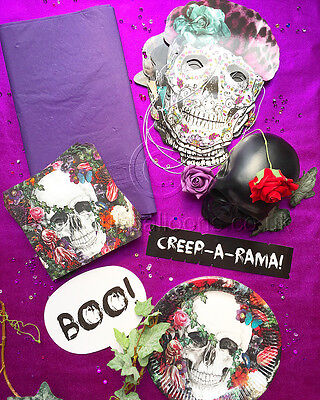 The Gothic Halloween Dinner Party Table Kit ()