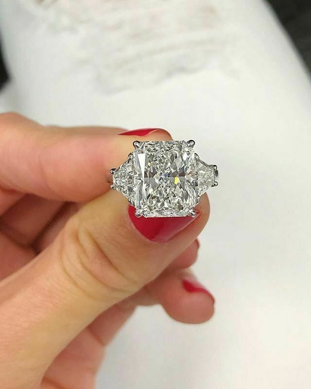 2.70 Ct Radiant Cut Diamond & Trapezoid Engagement Ring 14K E,SI2 GIA 3-Stone