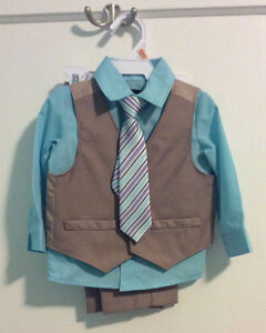 Boy's 4 Piece Suit EUC