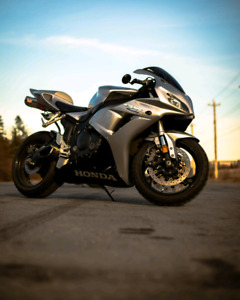 2007 cbr1000rr *financing available*
