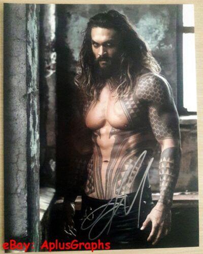 JASON MOMOA.. Studly Superhero: Aquaman (11x14)  SIGNED