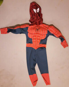 Spiderman Muscle Costume w/mask   Size 7/8