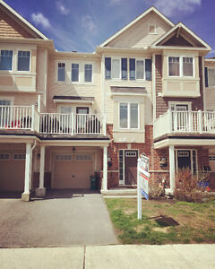 Room For Rent in Barrhaven - August 1st