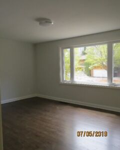 bayview/sheppard room for rent $850&up call4163010101
