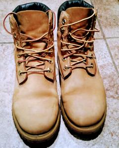 Timberland boot - Bottes de Timberland -  femme- 37 eur - 6.5 US