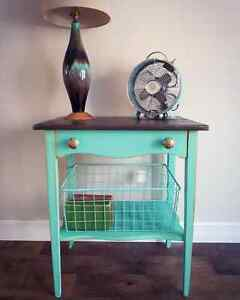 Antique Side Table / End Table / Nightstand