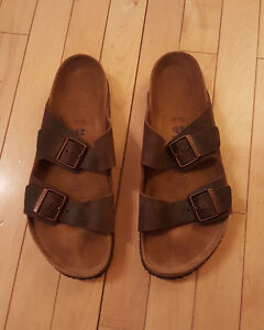 Birkenstock Men's Size 11 Leather Two-Strap Sandals