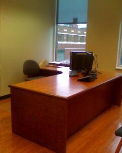 Gorgeous Executive Office Desk, Bubinga Wood,  A+ Condition