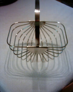 VINTAGE SILVER PLATED GODINGER FRUIT BASKET
