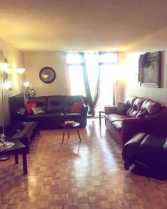beautiful 5 1/2 apartment on l'acadie