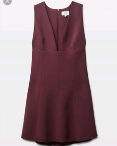 c5a9f6e57ab Worn once Retails for  168. Aritzia Wilfred Montbrun dress