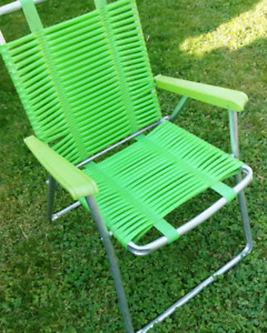 Vintage tube foldable lawn chair