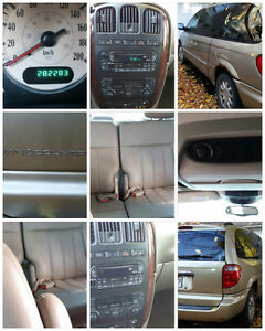 2003 Chrysler Town & Country Camionnette