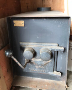 Original Lakewood Cast Iron Wood Stove.