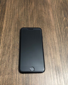 IPHONE 7 32GB COMME NEUF À VENDRE! DEVERROUILLÉ/UNLOCK