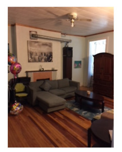 2 Bedrooms Close Queen's, Metro, Downtown Available May 1