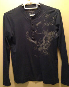 American Eagle Navy blue long sleeve (SALE)