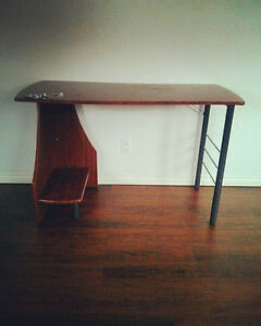Simple desk - free if you pick up