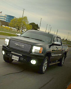 GMC SIERRA DENALI  FINANCE TAKE OVER