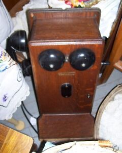 Antique Northern Electric Oak  Wall Telephone