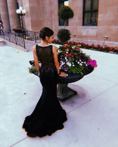 Gorgeous Black and Silver Sequin Evening /Prom/Wedding Dress