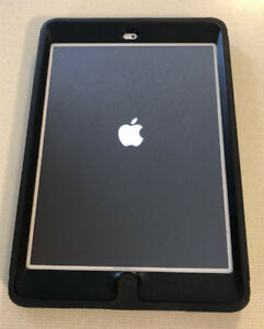 iPad Mini Wifi like new $200