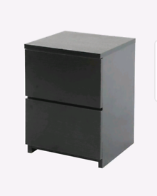 Black drawers and bedside