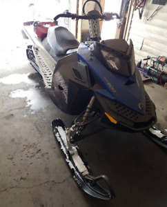 2010 summit 800 xp for sale/trade $4000 obo