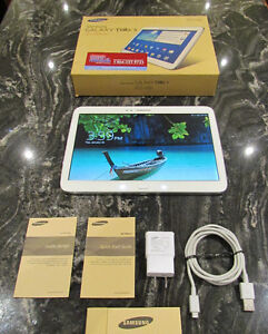 SAMSUNG GALAXY TAB 3.....LIKE NEW....10.1.....COMPLETE IN BOX