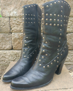 STEVE MADDEN All Black Leather Studded Western Cowboy Boots Sz 7