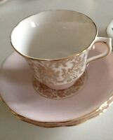 Set of 4cups & saucers