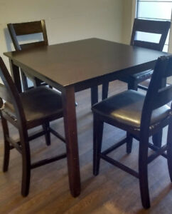 Counter- top height dining table set, with 4 chairs
