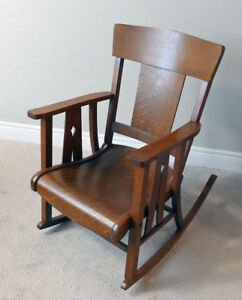 "Antique Oak Rocking Chair ""Arts & Crafts"" Style Excellent Cond"