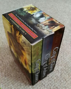 THE MORTAL INSTRUMENTS by CASSANDRA CLARE (3 book boxed set)