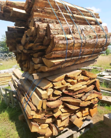 Timber log cladding