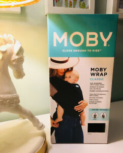 Moby Close Enough To Kiss Baby Carrier - New In Box