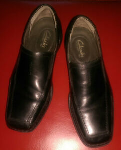 Mens black leather dress shoes
