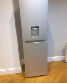 Silver samsung water dispenser frost free fridge freezer