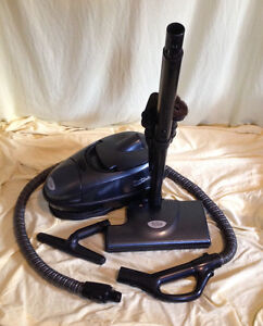 Reconditioned Tristar Bagged Canister Vacuum Cleaner