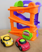 Lil' Zoomers Chase 'n Race Ramps Fisher Price (6$)