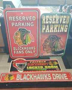 Chicago Blackhawks signs