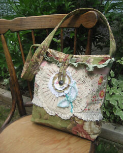 Spring Floral Tote in Sage and Lace!~New & Handmade!~