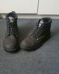 ★Roots Boots-Sz 8.5 Genuine Leather_SUPER COMFORTABLE★