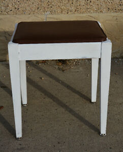 Vintage White Painted Solid Wood Stool/Sewing Bench