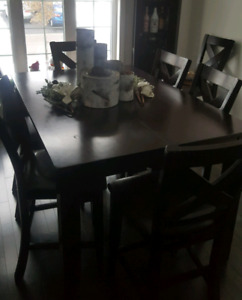 Dinning table with butterfly leaf