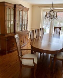 Stunning Dining Room Set By FANCHER Walnut