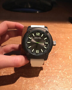 White Kenneth Cole watch never worn